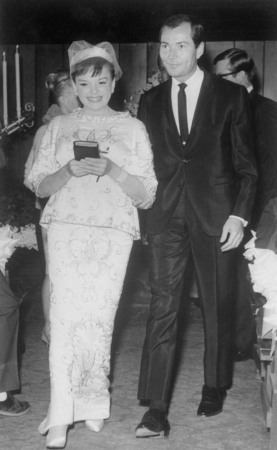 <p>Judy Garland married her second husband, Mark Herron, in a small ceremony that took place at 1:30 a.m. in a Las Vegas chapel. A reception was then held at the Sahara Hotel. </p>