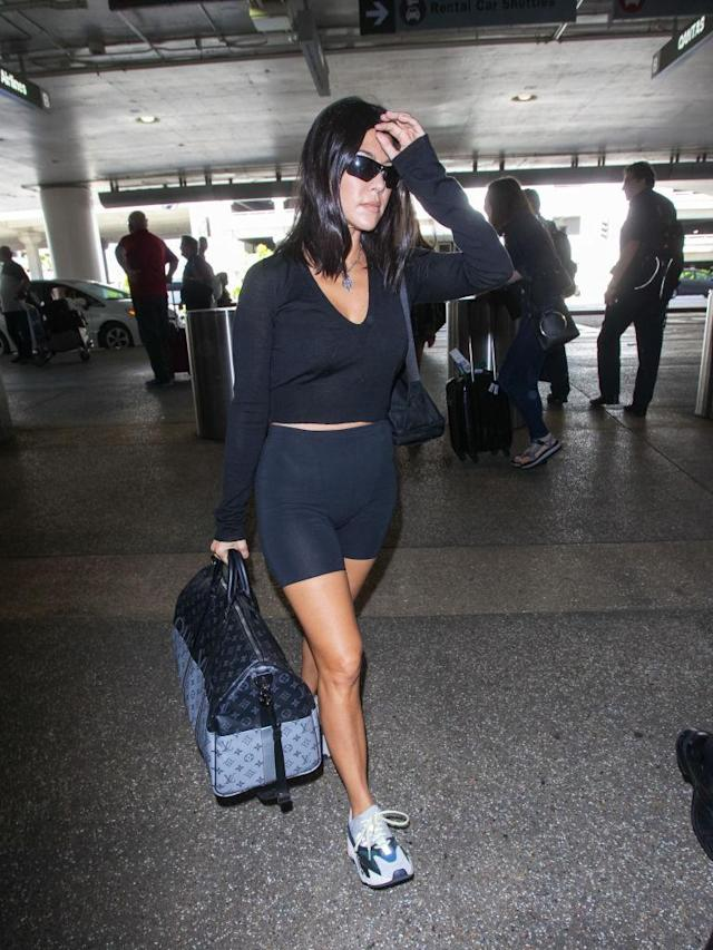 <p>Kourtney Kardashian at LAX. (Photo: BG022/Bauer-Griffin/GC Images) </p>