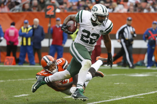 "FILE - In this Oct. 30, 2016, file photo, New York Jets running back Matt Forte (22) breaks away from Cleveland Browns cornerback Joe Haden (23) in the second half of an NFL football game, in Cleveland. Forte has announced his retirement from playing after 10 NFL seasons. The 32-year-old had one year remaining on his contract with the Jets, but says in a statement on Twitter on Wednesday, Feb. 28, 2018, that it was time for ""the workhorse to finally rest in his stable.""(AP Photo/Ron Schwane, File)"