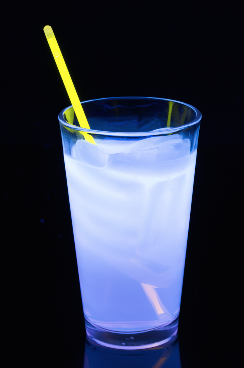 "<p>Glowing cocktails are a must.</p><p>Get the recipe from <a href=""https://www.delish.com/cooking/recipe-ideas/recipes/a44311/jekyll-gin-glowing-cocktails-glow-party-ideas/"" rel=""nofollow noopener"" target=""_blank"" data-ylk=""slk:Delish"" class=""link rapid-noclick-resp"">Delish</a>.</p>"