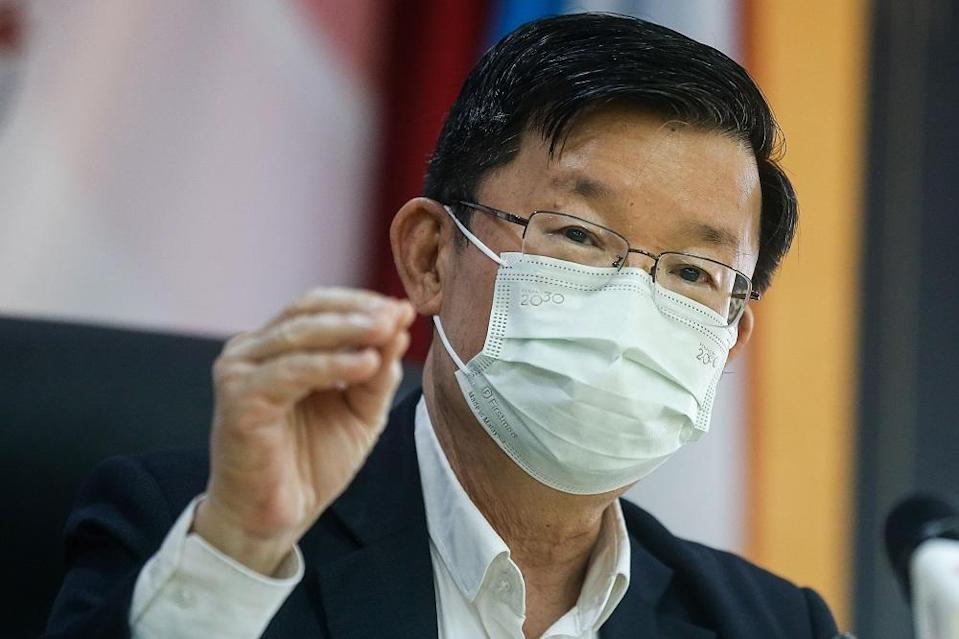 Penang Chief Minister Chow Kon Yeow said some private clinics in the state will also be turned into Covid-19 vaccination centres (PPV). — Picture by Sayuti Zainudin