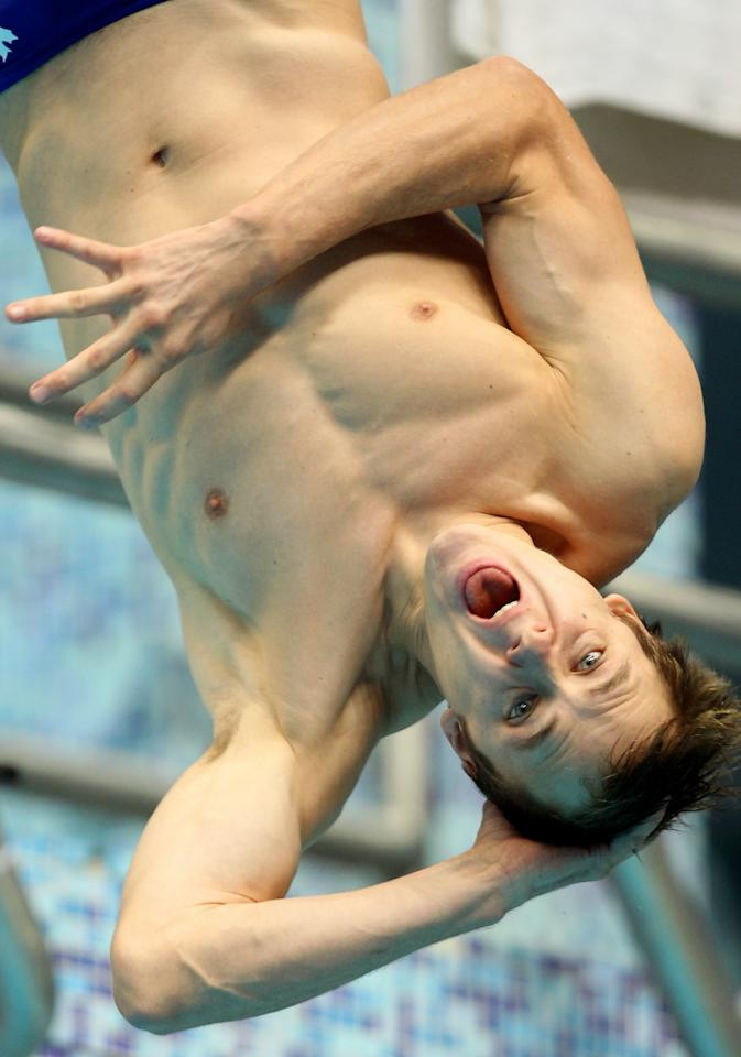 DELHI, INDIA - OCTOBER 11:  Reuben Ross of Canada competes in the Men's 3m Springboard Final at Dr. S.P. Mukherjee Aquatics Complex during day eight of the Delhi 2010 Commonwealth Games on October 11, 2010 in Delhi, India.  (Photo by Phil Walter/Getty Images)