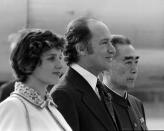Then: Former prime minister Pierre Trudeau and wife Margaret stand next to former Chinese premier Zhou Enlai on arrival in Beijing, China, on Oct. 10, 1973. THE CANADIAN PRESS/PETER BREGG