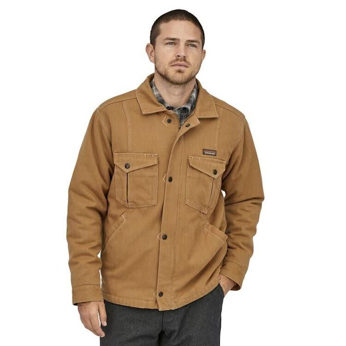 """This jacket comes in sizes XS to 3XL. <a href=""""https://fave.co/2RnRo74"""" rel=""""nofollow noopener"""" target=""""_blank"""" data-ylk=""""slk:Find it at Patagonia"""" class=""""link rapid-noclick-resp""""><strong>Find it at Patagonia</strong></a>."""