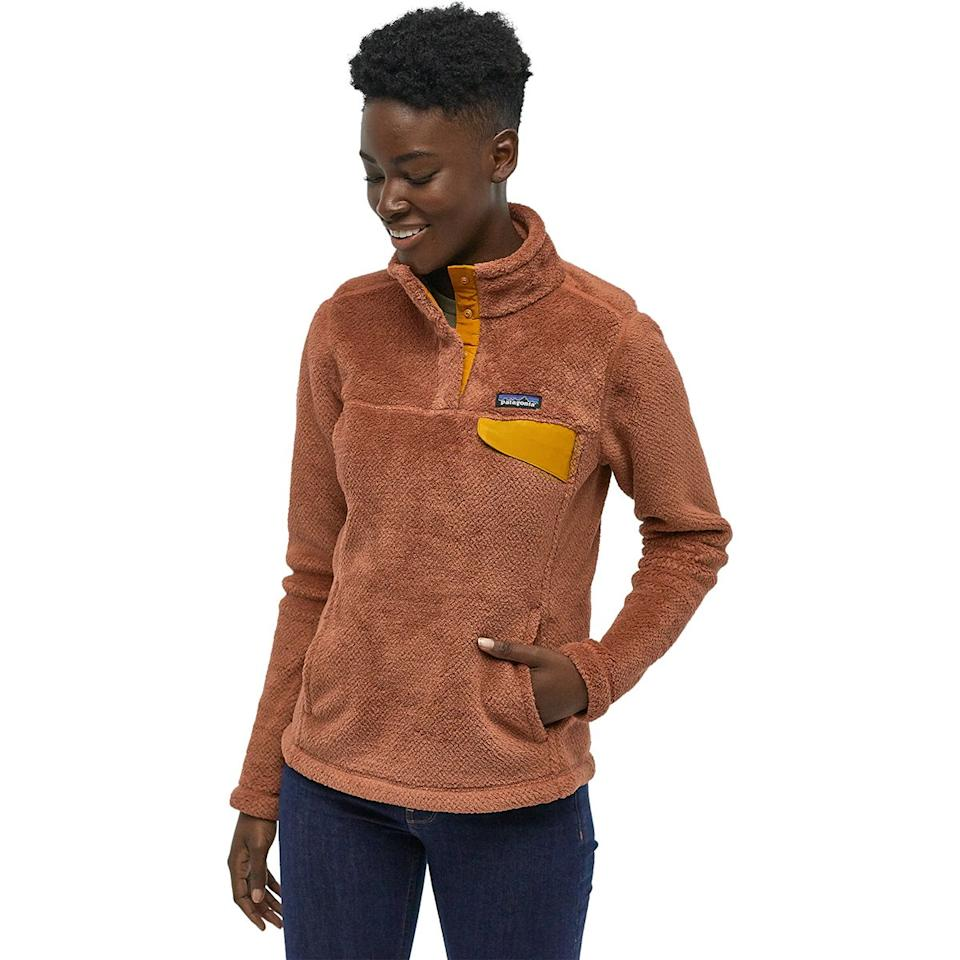 """<h3>Backcountry </h3><br><strong>Dates: </strong>Limited time<br><strong>Sale: </strong> Semi-annual sale (up to 50% off)<br><strong>Promo Code:</strong> None<br><br>Patagonia and North Face don't usually come cheap, but outdoor site Backcountry has a selection of fall-ready styles <a href=""""https://www.backcountry.com/promotion/semi-annual-sale#/women"""" rel=""""nofollow noopener"""" target=""""_blank"""" data-ylk=""""slk:on sale for up to 50% off"""" class=""""link rapid-noclick-resp"""">on sale for up to 50% off</a>. <br><br><strong>Patagonia</strong> Re-Tool Snap-T Fleece Pullover, $, available at <a href=""""https://go.skimresources.com/?id=30283X879131&url=https%3A%2F%2Fwww.backcountry.com%2Fpatagonia-re-tool-snap-t-fleece-jacket-womens"""" rel=""""nofollow noopener"""" target=""""_blank"""" data-ylk=""""slk:Backcountry"""" class=""""link rapid-noclick-resp"""">Backcountry</a>"""