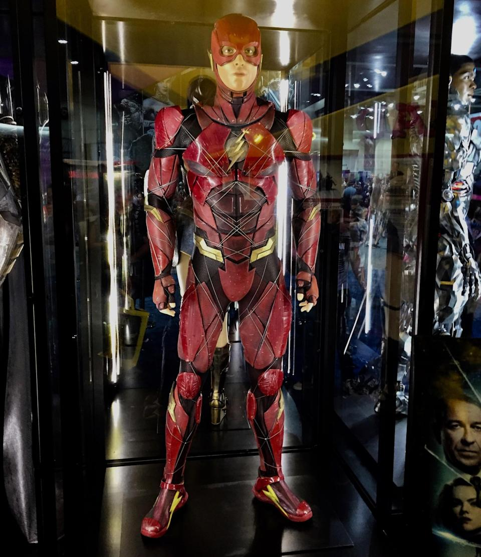 <p>Ezra Miller's scarlet speedster slowed down enough for us to get a good look at his supersuit,<br> crafted to harness the Speed Force. (Photo: Marcus Errico/Yahoo Movies) </p>