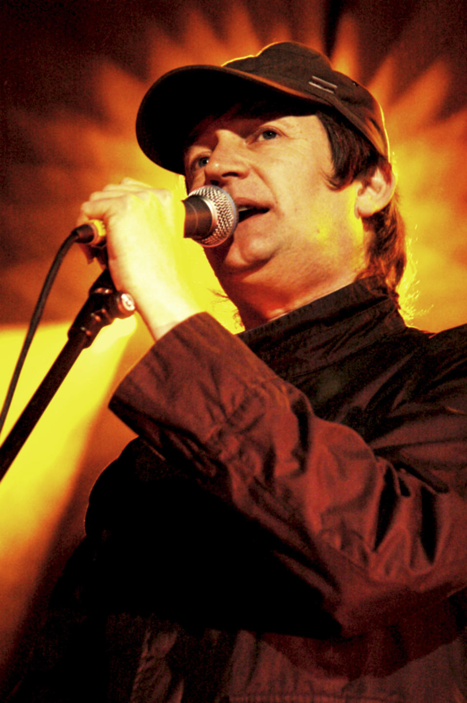 Paul Heaton lead singer from band The Beautiful South in concert performing live at the Shepherds Bush Empire, London on the 31st May 2006.; Job: 12076 Ref: ZB3076_166745_128DDO; (Photo by Daniela D'Amato/Photoshot/Getty Images)