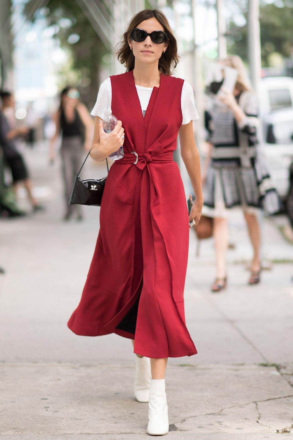 <p>Too cold in the morning for a dress? Too hot for your coat by lunchtime? For when the weather just can't decide what to do, take your cue from Alexa Chung and get layering.</p>
