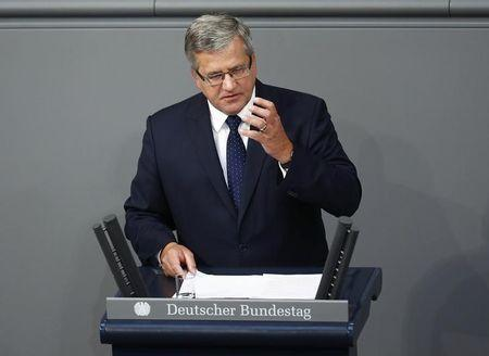 Poland's President Komorowski delivers a speech at the lower house of parliament Bundestag during a ceremony to commemorate the anniversary of the start of World War II, in Berlin