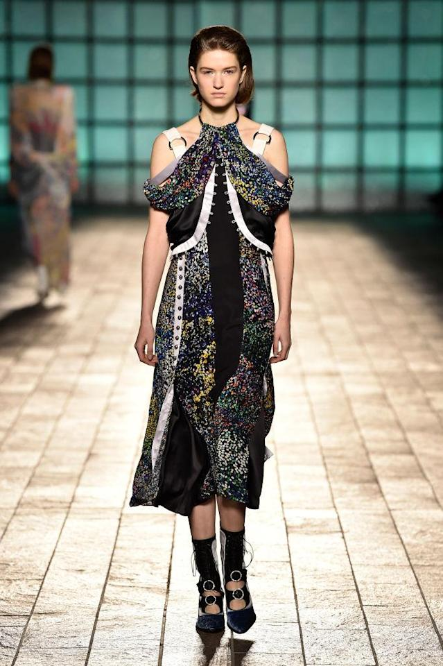 <p>A floral print dress at the Mary Katrantzou FW18 show. (Photo: Getty) </p>