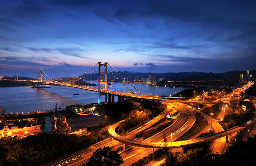<p><b>7. Tsing_Ma_Bridge</b></p> <br><p>The bridge was named after two of the islands at its ends, namely Tsing Yi and Ma Wan . It has two decks and carries both road and rail traffic, which also makes it the largest suspension bridge of this type.</p> <br><p>By [2] ([1]) [CC-BY-SA-2.0 (http://creativecommons.org/licenses/by-sa/2.0)], via Wikimedia Commons.</p>