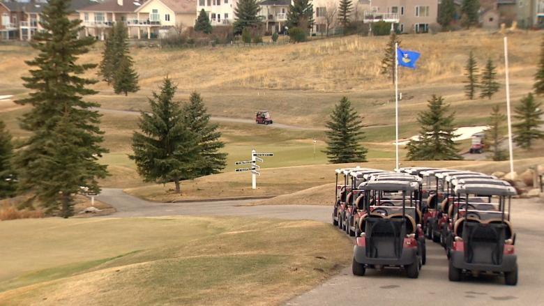 City golf courses finally thawing enough to open for season