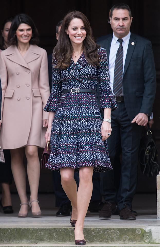 "<p>Kate appropriately styled <a rel=""nofollow"" href=""https://www.popsugar.com/fashion/photo-gallery/43324294/image/43324300/Saturday-Kate-paid-homage-Parisian-fashion-Chanel-skirt"">this tweed Chanel look</a>, equipped with a matching bag and belt, on her visit to Paris in March 2017 alongside Prince William. It was her first time wearing the French label, though she did <a rel=""nofollow"" href=""https://www.popsugar.com/fashion/Kate-Middleton-Carrying-Burgundy-Chanel-Purse-44478930"">tote the bag again</a> later on.</p>"