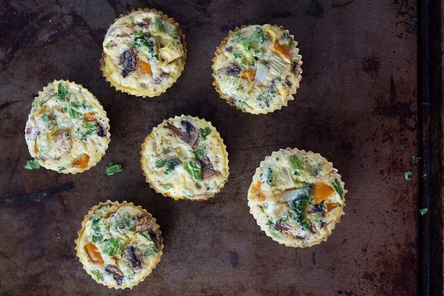 """<p>These <a rel=""""nofollow"""" href=""""http://www.self.com/gallery/new-egg-recipes-you-probably-havent-tried-yet?mbid=synd_yahoofood"""">baked egg cups</a> are like the cross between muffins and frittatas you never knew you needed. And, because they're filled with bell peppers, broccoli, and mushrooms, they're a great way to get in a serving of veggies before noon. Get the recipe <a rel=""""nofollow"""" href=""""https://www.eatingbirdfood.com/healthy-baked-egg-cups?mbid=synd_yahoofood"""">here</a>.</p><p><b>Per one serving:</b> <em>141 calories, 4 grams carbohydrates</em></p>"""