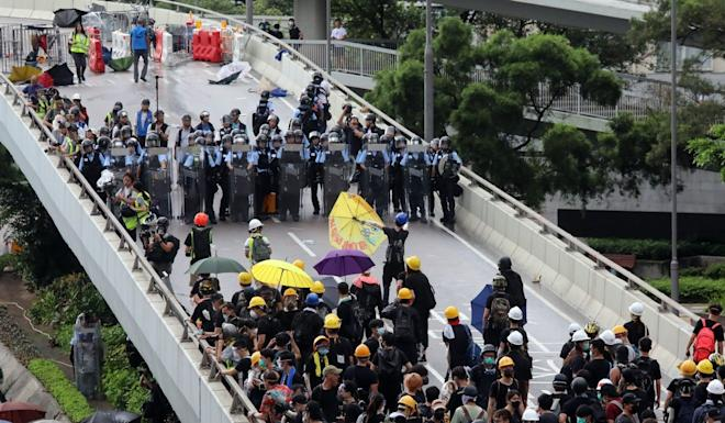 Complaints against police at protests on July 1, which marks the anniversary of Hong Kong's return to Chinese rule, are being examined in the IPCC investigation. Photo: K. Y. Cheng
