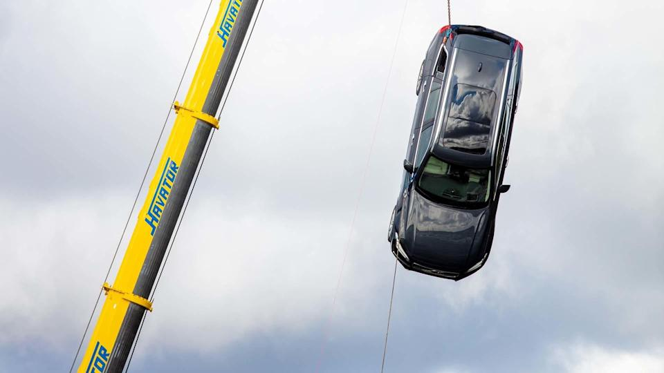 Volvo drops cars from 30 metres