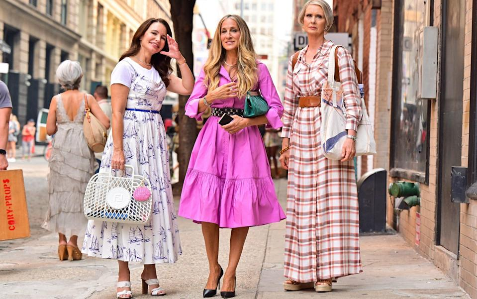 Just Like That Costumes from Sex And The City Charlotte York Goldenblatt, Carrie Bradshaw and Miranda Hobbes - GC Images