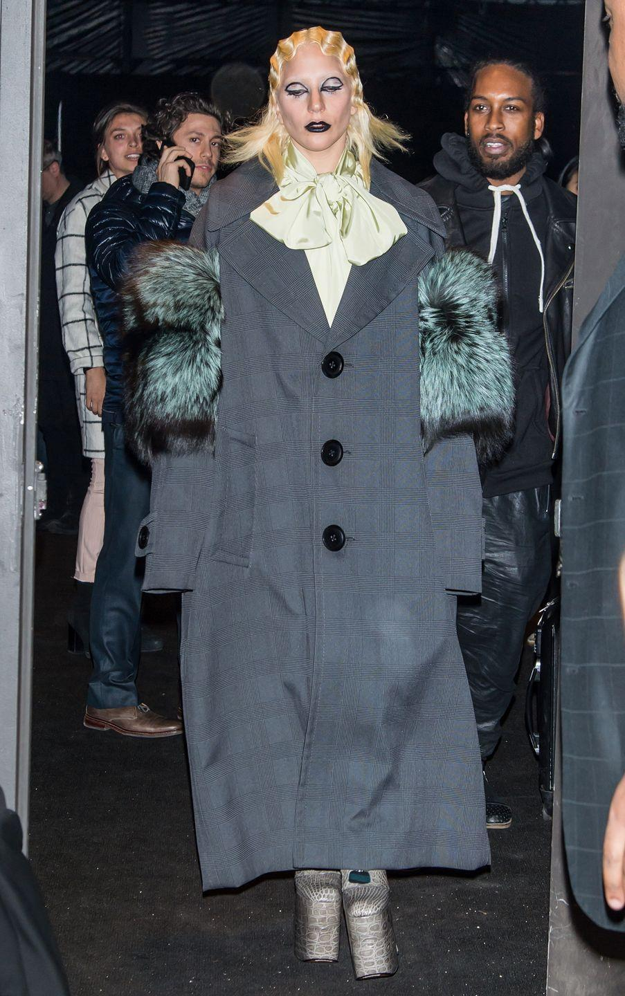 <p>Lady Gaga leaving the Marc Jacob's show in New York, February 2016</p>