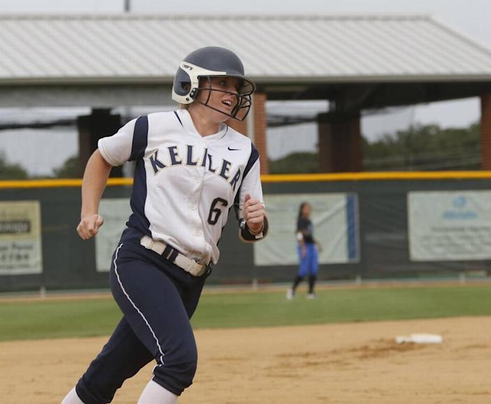 Keller shortstop Kasey Simpson (6) rounds third after her two-run homer against Plano West on Friday.