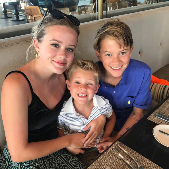 """<p>The Southern actress couldn't help but gush at her three hearts (daughter, Ava, and sons, Tennesee and Deacon), """"Love my crew!"""" (Photo:<a rel=""""nofollow noopener"""" href=""""https://www.instagram.com/p/BWVqX-8BhT_/?taken-by=reesewitherspoon"""" target=""""_blank"""" data-ylk=""""slk:Reese Witherspoon via Instagram"""" class=""""link rapid-noclick-resp"""">Reese Witherspoon via Instagram</a>) </p>"""