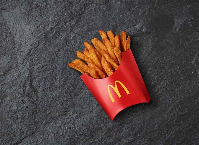 case mcdonalds expands globally while adjusting its local recipe Mcdonald's expands globally while adjusting its local recipe the central issue why would mcdonald expand globally being such a success at home.