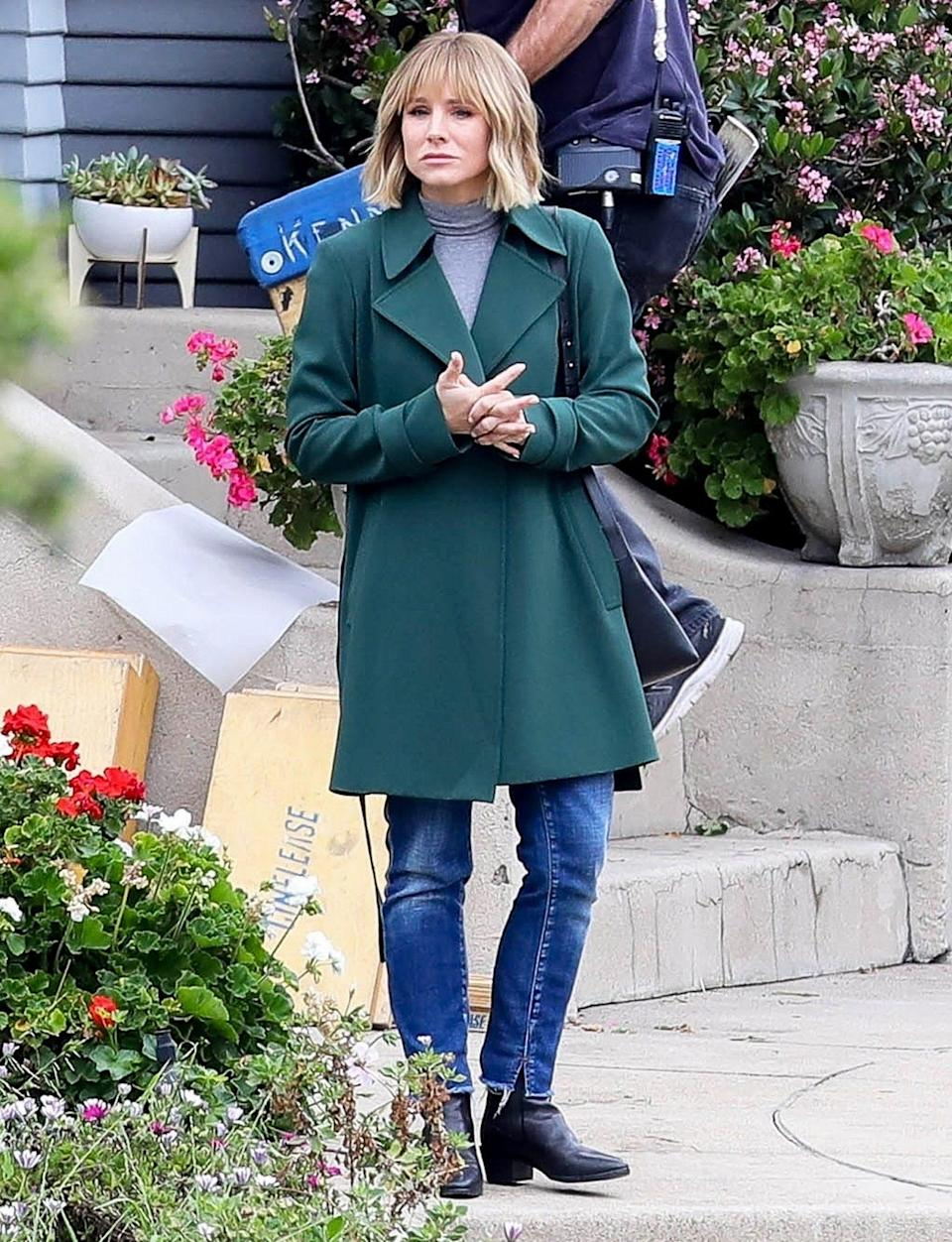 <p>Kristen Bell gets serious while filming <em>The Woman in the House</em> in L.A. on Wednesday.</p>