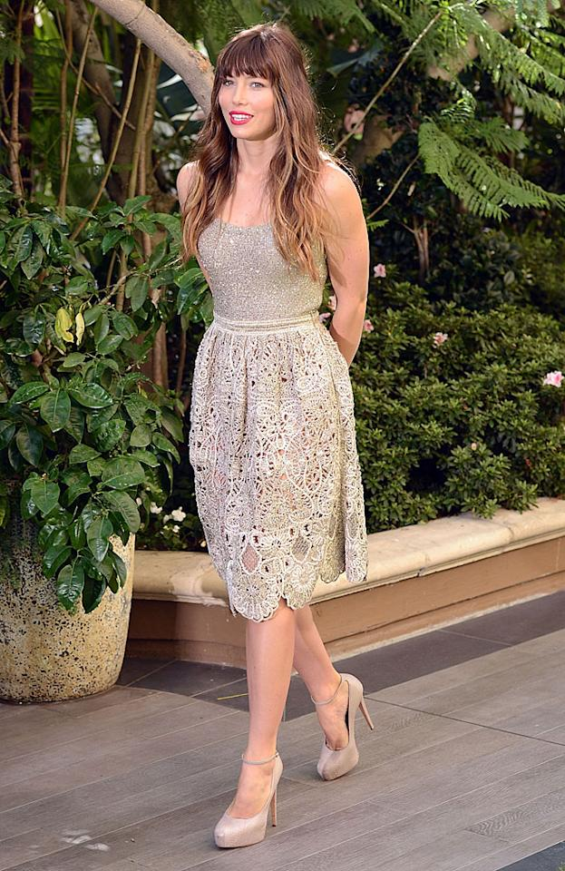 "We're still not fully on board with Jessica Biel's bangs, but we must admit that this embroidered Oscar de la Renta dress is divine! The actress wore it -- along with a pair of nude Brian Atwood ankle-strap heels -- to a recent <a target=""_blank"" href=""http://movies.yahoo.com/movie/total-recall-2012/"">""Total Recall""</a> press conference in Beverly Hills. Will you be checking out Biel on the big screen this weekend, when the futuristic action flick opens nationwide? (7/28/2012)<br><br><a target=""_blank"" href=""http://omg.yahoo.com/news/jessica-biel-prepared-almost-nothing-her-wedding-justin-012000564.html"">Biel isn't prepared for her wedding to Timberlake</a>"