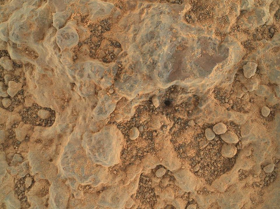 """Close-up of a rock target nicknamed """"Foux"""""""
