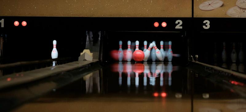 Bowling in Singapore – 7 Bowling Alley Chains Ranked from Cheapest