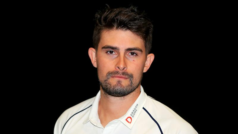 Will Rhodes' career-best knock puts Warwickshire on top against Worcestershire