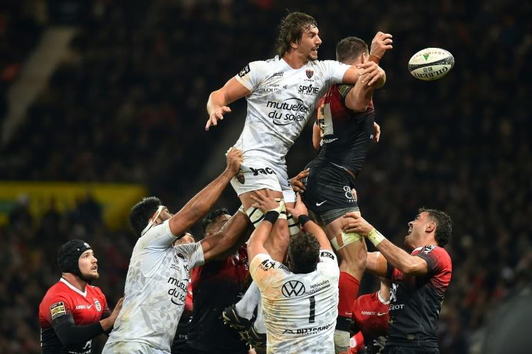 South African lock Eben Etzebeth in action for Toulon