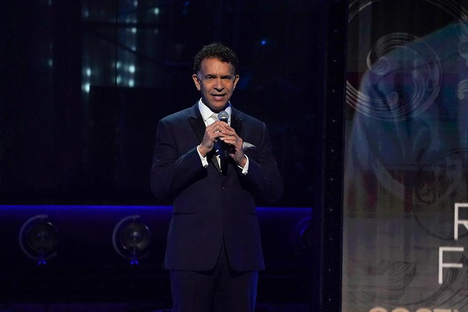 """<p>The annual In Memoriam segment was especially poignant this year in light of the many lives lost to the pandemic, and the Tonys honored those lives with a medley of some of Broadway's most emotional tunes. That medley included an instrumental rendition of """"Try to Remember,"""" <a href=""""https://ew.com/tag/brian-stokes-mitchell/"""" rel=""""nofollow noopener"""" target=""""_blank"""" data-ylk=""""slk:Brian Stokes Mitchell"""" class=""""link rapid-noclick-resp"""">Brian Stokes Mitchell</a> performing his soaring take on """"The Impossible Dream"""" from <em>Man of La Mancha</em>, and <a href=""""https://ew.com/tag/norm-lewis/"""" rel=""""nofollow noopener"""" target=""""_blank"""" data-ylk=""""slk:Norm Lewis"""" class=""""link rapid-noclick-resp"""">Norm Lewis</a> and <a href=""""https://ew.com/tag/kelli-ohara/"""" rel=""""nofollow noopener"""" target=""""_blank"""" data-ylk=""""slk:Kelli O'Hara"""" class=""""link rapid-noclick-resp"""">Kelli O'Hara</a> joining voices on <em>West Side Story</em>'s heart-rending """"Somewhere."""" The performance concluded with a curtain dropping displaying many more names of those who passed, a potent reminder of what we've lost over the last year and a half.</p>"""