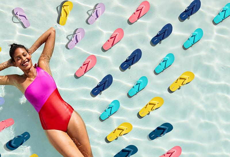 This year, Old Navy is raising its much-anticipated summer sales to a new level with a cash prize of $ 24,000. (Photo: Old Navy)
