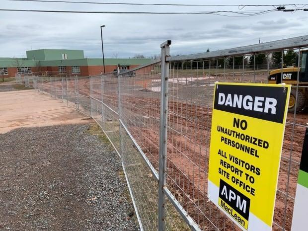 West Royalty Elementary's new wing will expand the school's capacity by 200 students, and is expected to be open by January 2022.  (Laura Meader/CBC - image credit)