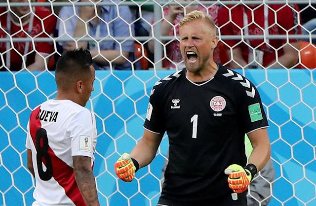 Soccer Football - World Cup - Group C - Peru vs Denmark - Mordovia Arena, Saransk, Russia - June 16, 2018 Denmark's Kasper Schmeichel reacts after Peru's Christian Cueva misses a penalty kick REUTERS/Marcos Brindicci TPX IMAGES OF THE DAY