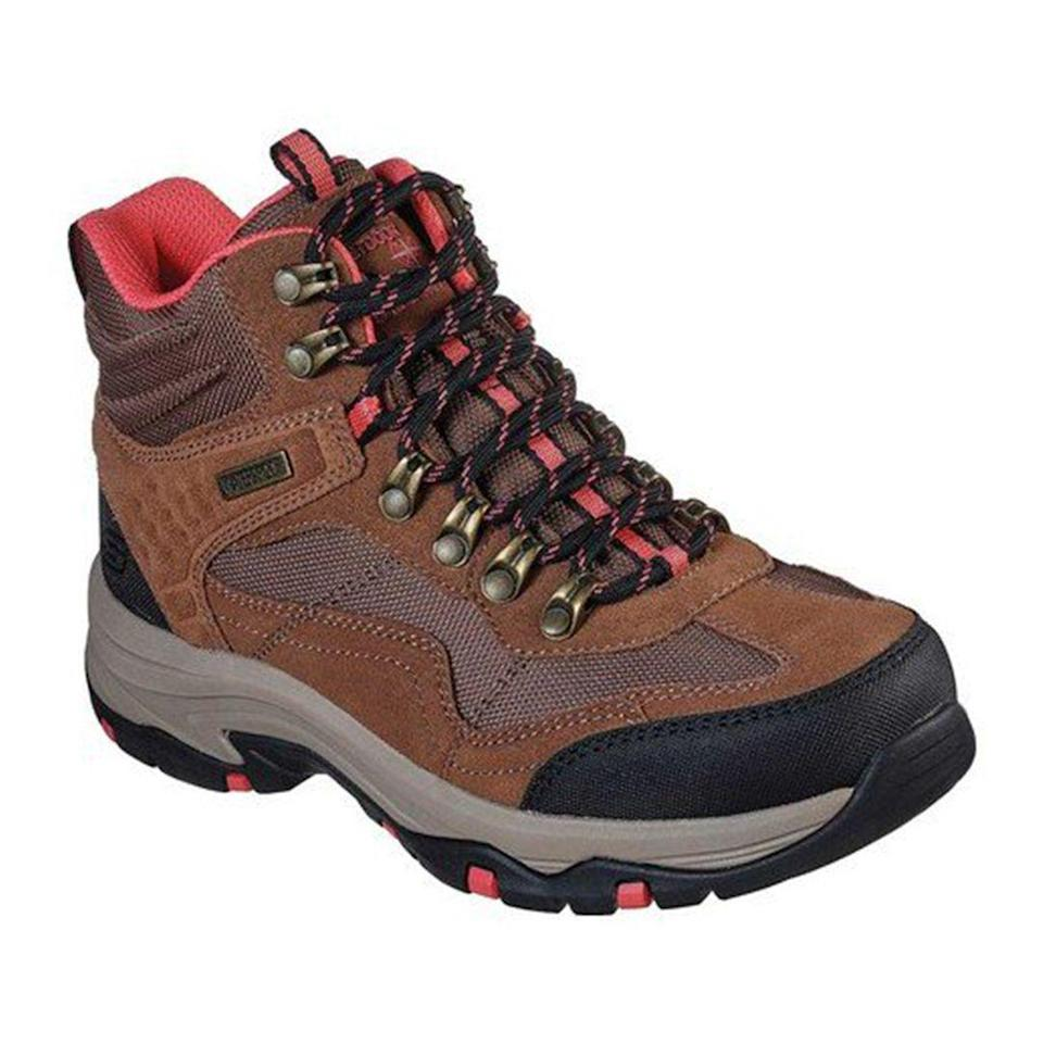 """<p><strong>Skechers</strong></p><p>walmart.com</p><p><strong>$84.95</strong></p><p><a href=""""https://go.redirectingat.com?id=74968X1596630&url=https%3A%2F%2Fwww.walmart.com%2Fip%2F322059289&sref=https%3A%2F%2Fwww.thepioneerwoman.com%2Ffashion-style%2Fg32317616%2Fbest-hiking-boots-for-women%2F"""" rel=""""nofollow noopener"""" target=""""_blank"""" data-ylk=""""slk:Shop Now"""" class=""""link rapid-noclick-resp"""">Shop Now</a></p><p>This waterproof, lace-up hiking boot happens to come at a fraction of the cost of other similar styles. It also offers a relaxed fit, which is incredibly important for those longer hikes.</p>"""