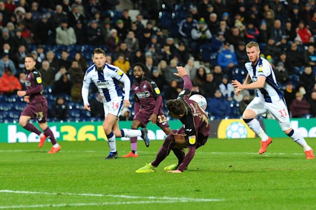 Swansea City's Bersant Celina is going to want to forget this penalty attempt. (Getty)