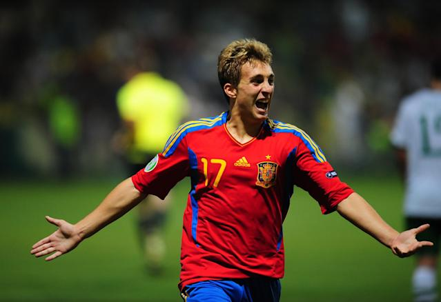 Gerard Deulofeu of Spain celebrates after scoring against Ireland during their UEFA European Under-19 Championship football match, near the village of Chiajna village, outside of Bucharest, on July 29, 2011. AFP PHOTO/DANIEL MIHAILESCU (Photo credit should read DANIEL MIHAILESCU/AFP/Getty Images)