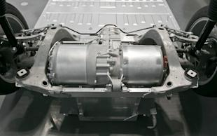 Tesla Model S motor in subframe