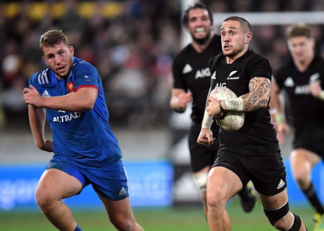 Rugby Union - June Internationals - New Zealand vs France - Westpac Stadium, Wellington, New Zealand - June 16, 2018 - TJ Perenara of New Zealand runs from Pierre Bourgarit of France. REUTERS/Ross Setford