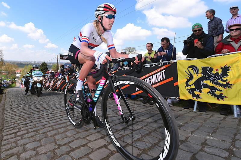 Hannah Barnes over the cobbles at 2017 Tour of Flanders Women