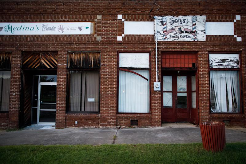 Shuttered storefronts in Glenwood. (Dustin Chambers for HuffPost)