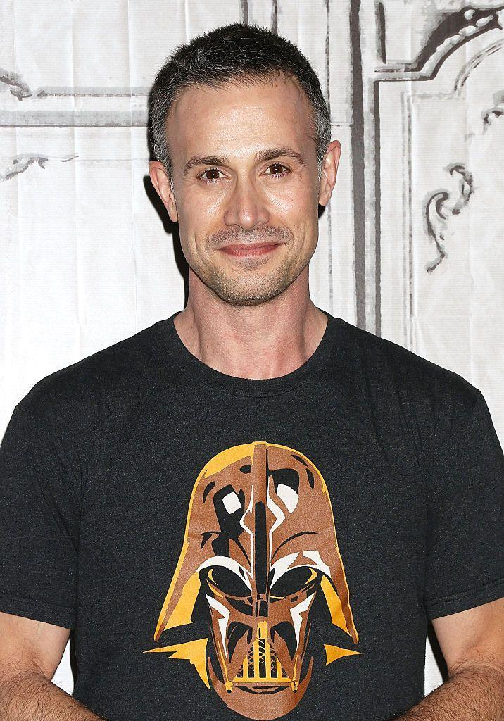 """<p>Aaand the man is still a babe! Recently, Freddie has added author and chef to his resume. In early 2020, <a href=""""https://www.cosmopolitan.com/entertainment/a32293194/freddie-prinze-jr-cookbook-quarantine-recipes/"""" rel=""""nofollow noopener"""" target=""""_blank"""" data-ylk=""""slk:he released his cookbook Back to the Kitchen"""" class=""""link rapid-noclick-resp"""">he released his cookbook <em>Back to the Kitchen</em></a>, and his wife Sarah Michelle Gellar wrote the foreword. Cute. </p>"""