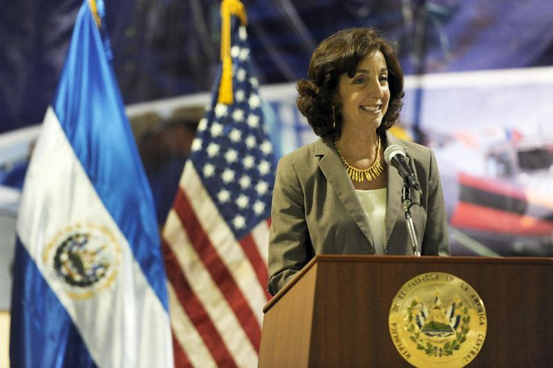 US Assistant Secretary of State for Western Hemisphere Affairs Roberta Jacobson in San Salvador, El Salvador on June 27, 2012 (AFP Photo/Jose Cabezas)
