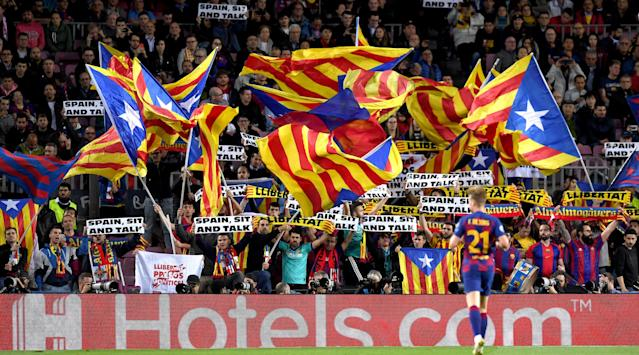Wednesday's El Clasico will take place with a political backdrop due to pre-game protests, but Ernesto Valverde expects no Camp Nou trouble.
