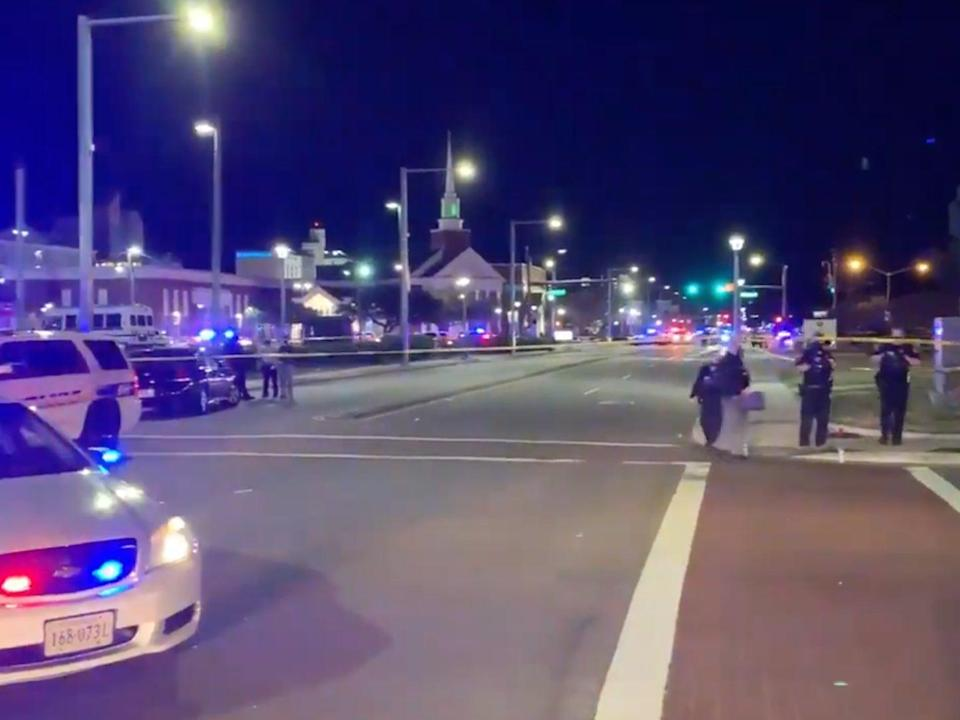<p>A large police presence in Virginia Beach on Friday 26 March</p> ((WAVY TV 10))