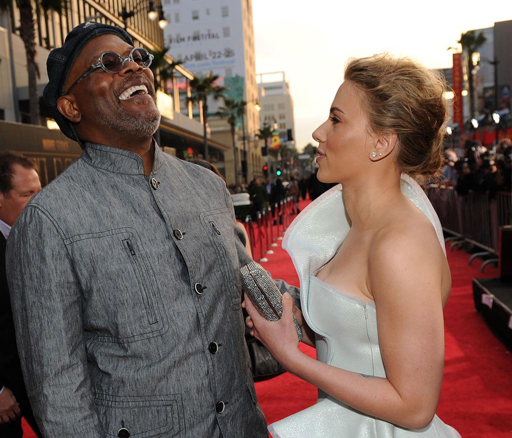 "<a href=""http://movies.yahoo.com/movie/contributor/1800018848"">Samuel L. Jackson</a> and <a href=""http://movies.yahoo.com/movie/contributor/1800022348"">Scarlett Johansson</a> at the Los Angeles premiere of <a href=""http://movies.yahoo.com/movie/1810026429/info"">Iron Man 2</a> - 04/26/2010"