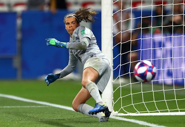 Lydia Williams of Australia fails to save as Guro Reiten of Norway (not pictured) scores Norway's second penalty in the penalty shoot out during the 2019 FIFA Women's World Cup France Round Of 16 match between Norway and Australia at Stade de Nice on June 22, 2019 in Nice, France. (Photo by Martin Rose/Getty Images )