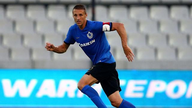 <p><strong>Number of games: 1018</strong></p> <br><p>Another one whose career is far from over, Simons is now back in his native Belgium at former side Club Brugge, following an eight year stint abroad; with PSV Eindhoven and FC Nurnberg. </p> <br><p>Incredibly, the defensive midfielder recently had his 40th birthday, but it has not stopped him continuing his remarkable career. </p>