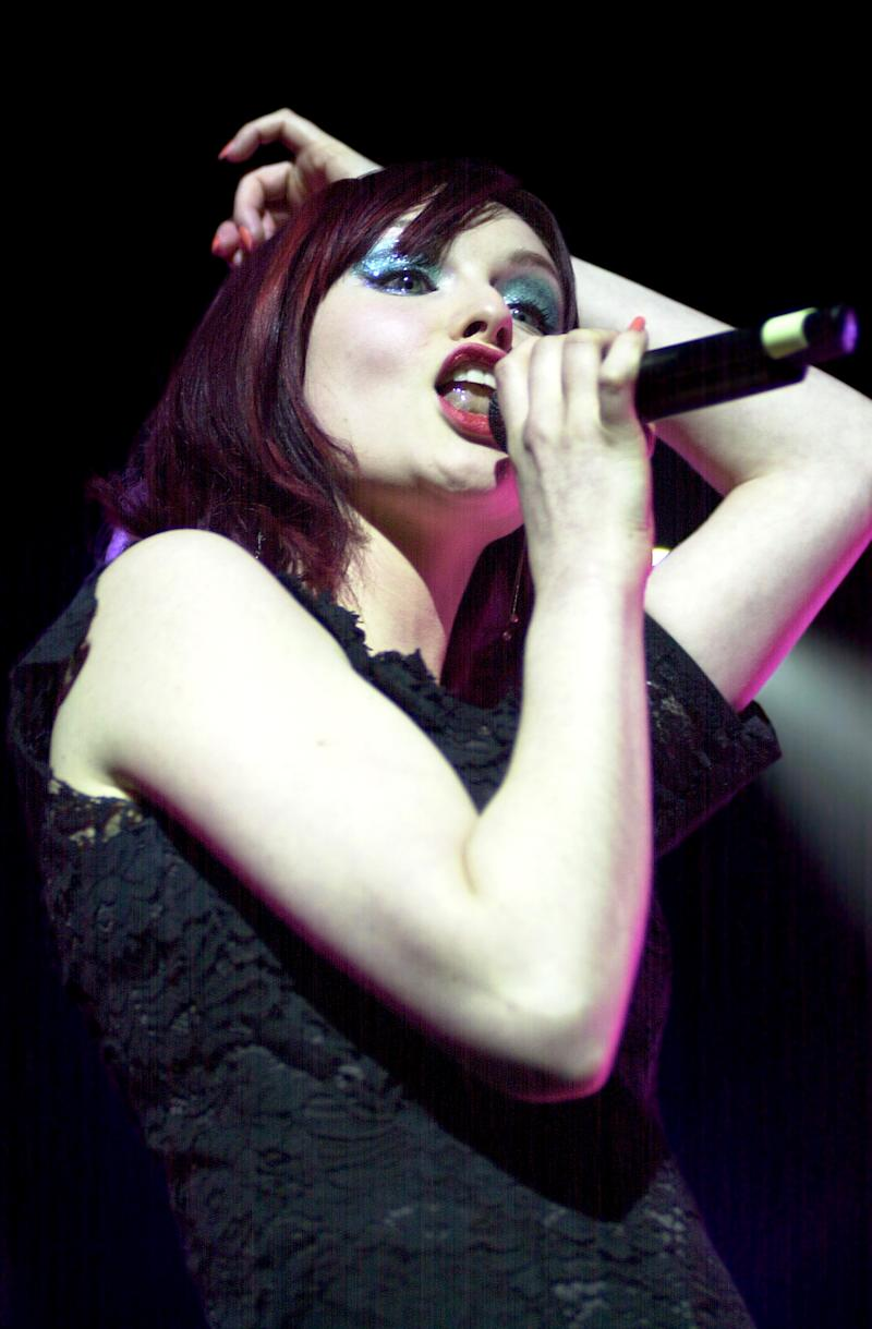 Sophie Ellis Bextor live at Hammersmith Appollo - 5/02/03. (Photo by Tabatha Fireman/Redferns)